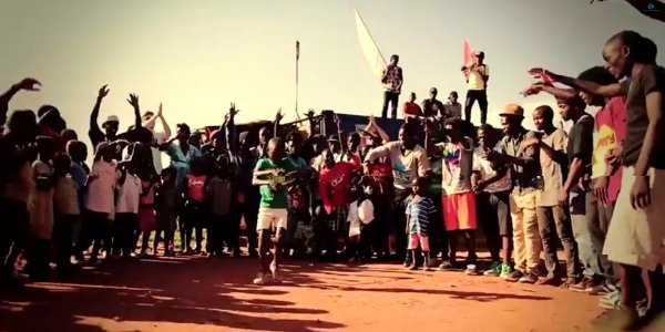 BLUE UGANDA - Marteria, Maeckes, Abramz, Slyvester, Lady Slyke, Bris Jean